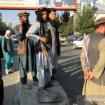 Seorang anggota Taliban